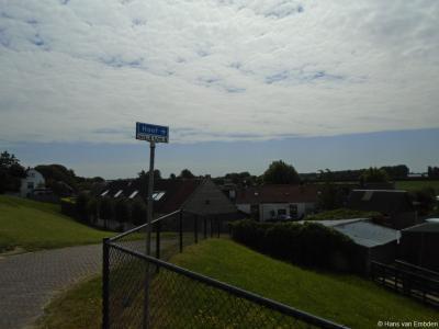 Hoef is een buurtschap in de provincie Noord-Brabant, in de streek Land van Heusden en Altena, gemeente Altena. T/m 30-9-1950 gemeente De Werken en Sleeuwijk. Per 1-10-1950 over naar gemeente Werkendam, in 2019 over naar gemeente Altena.