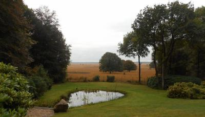 En ook het uitzicht op het landschap van het Deelense Zand vanaf de Delenseweg in Hoog Baarlo is niet verkeerd. (© Hans van Embden)