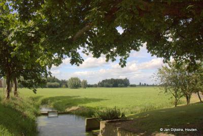 Op de fiets of te voet, het is heerlijk om door de buurtschap Hoogeind te gaan!