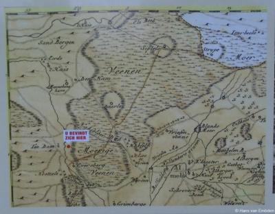 De locatie van buurtschap Hulsen aangeduid op een oude kaart bij het informatiepaneel in de buurtschap