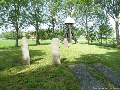 Zoals veel buurtschappen in Fryslân met alleen nog een kerkhof en klokkenstoel is ook Indijk vroeger een dorp met een kerk geweest. Deze is reeds in de 18e eeuw verdwenen. In 1949 is de klokkenstoel door schade verdwenen. In 1978 is er een teruggeplaatst.
