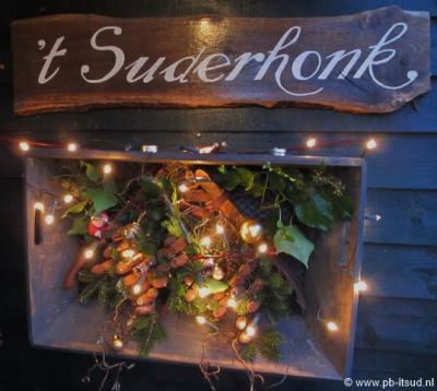 Het buurthuis van de buurtschap It Súd heet 't Suderhonk
