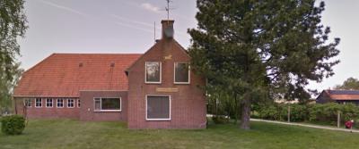 In buurtschap Karsbadde staat op Nieuweweg 130 de Karsbadde-hoeve, met een voorhuis in de stijl van de Delftse School. (© Google)