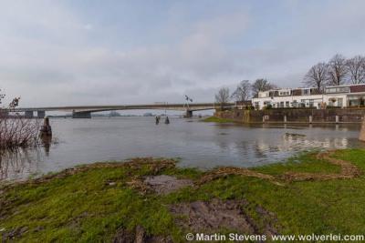 Buurtschap Spoolde, de Nieuwe IJsselbrug (1970) in de A28