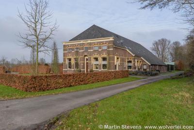 Buurtschap Spoolde, monumentale boerderij op Nilantsweg 8, nabij de A28