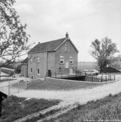 Kedichem, voormalig gemaal van de Verenigde Polders Kedichem en Oosterwijk.