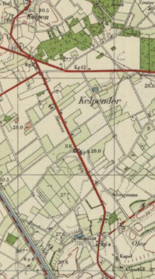 Op deze kaart van kort na 1936 (het bouwjaar van de St. Liduinakerk) zien we de kerk nog eenzaam in het landschap liggen, precies midden tussen Kelpen in het NW en Oler in het ZO. Later ontstaat rond de kerk geleidelijk de huidige kern van Kelpen-Oler.