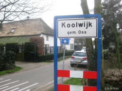 In de buurtschap Koolwijk hebben in 2005 plaatsnaamborden gestaan, in 2009 stonden ze er niet meer, en in 2012 weer wel. Nu maar hopen dat ze deze keer wél blijven staan...
