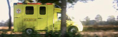 Een voor ons land unieke 'zorginstelling' in Kopstukken is Edwin Spieard met zijn firma Special Death Care, die met een ambulance in het hele land verminkte overledenen weer toonbaar maakt voor de nabestaanden. (© www.specialdeathcare.nl)