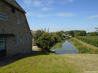 Het riviertje de Gantel in en rond buurtschap Korn is onderdeel van de Kornse Boezem.