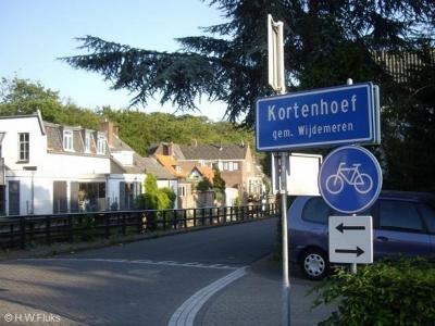 Kortenhoef is een dorp in de provincie Noord-Holland, in de regio Gooi en Vechtstreek, gemeente Wijdemeren. Het was een zelfstandige gemeente t/m 31-7-1966. Per 1-8-1966 over naar gemeente 's-Graveland, in 2002 over naar gemeente Wijdemeren.