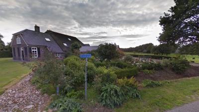 Kraloo is een buurtschap bij Pesse in de provincie Drenthe, in deels gem. De Wolden, deels gem. Westerveld. De buurtschap heeft geen plaatsnaamborden, zodat je alleen aan de straatnaamborden Kraloërweg kunt zien dat je in de buurtschap bent aangekomen.