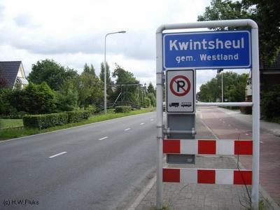 Kwintsheul is een dorp in de provincie Zuid-Holland, in de streek Delfland, gemeente Westland. Tot 1-7-1957 viel het dorp onder 3 gemeenten. Daarover kun je lezen in de hoofdstukken Status en Geschiedenis.