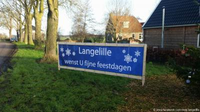 In december kleden de inwoners van Langelille hun dorp altijd feestelijk aan