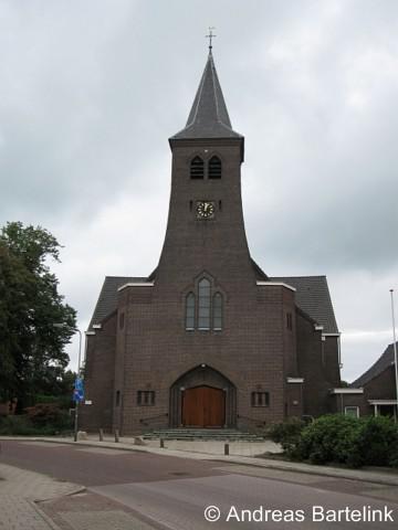 Lattrop, RK Simon en Judaskerk