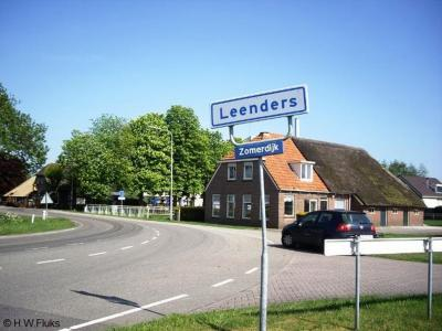 Leenders is een buurtschap in grotendeels provincie Drenthe, gemeente Meppel, en deels provincie Overijssel, gemeente Steenwijkerland, deels gemeente Staphorst.