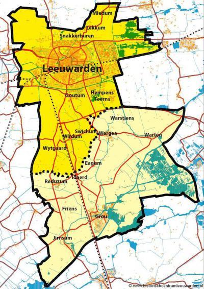 Bij de herindelingen van 2014 heeft de gemeente Leeuwarden er een flink stuk grondgebied bij gekregen, zijnde een deel van de opgeheven gemeente Boarnsterhim. Dat betreft het lichter gekleurde ZO deel van deze kaart.