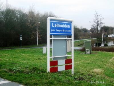 Leimuiden is een dorp in de provincie Zuid-Holland, gemeente Kaag en Braassem. Het was een zelfstandige gemeente t/m 1990. In 1991 over naar gemeente Jacobswoude, in 2009 over naar gemeente Kaag en Braassem.