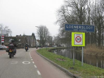 Loenersloot is een dorp in de provincie Utrecht, in de regio Vechtstreek, gemeente Stichtse Vecht. Het was een zelfstandige gemeente t/m 31-3-1964. Per 1-4-1964 over naar gemeente Loenen, in 2011 over naar gemeente Stichtse Vecht.