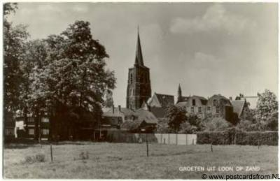 Loon op Zand Groeten uit met kerk 1975