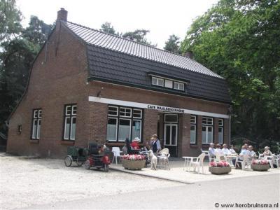 Buurtschap Maalbeek, café Maalbekerhöhe (Maalbekerweg 26) ligt eenzaam aan de Duitse grens, nog net op Nederlands grondgebied.