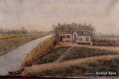 Tot 1965 was er een voetveer van het Limburgse dorp Aijen over de Maas naar het Brabantse dorp Maashees v.v. Het was een eenvoudige roeiboot. Dit was de aanlegplaats in Maashees.