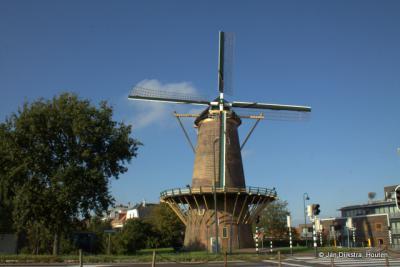 Molen De Hoop op de Zuiddijk in Maassluis.