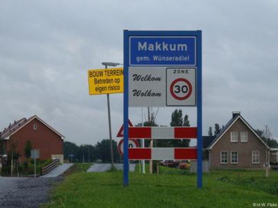 Makkum is een dorp in de provincie Fryslân, gemeente Súdwest-Fryslân. T/m 2010 gemeente Wûnseradiel.