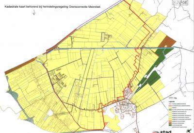 Het gele gebied is het totale Meerstadgebied. De kernen van Harkstede en Lageland (O van de rode lijn) blijven gem. Slochteren, v/a 2018 gem. Midden-Groningen. Het gebied W van de rode lijn is in 2017 naar de gem. Groningen gegaan. (© gem. Groningen)