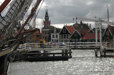 De haven van Monnickendam, gezien vanaf het IJsselmeer