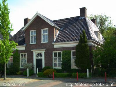 Nietap, woning in classicistische stijl uit 1850 aan de J.P. Santeeweg 16-18