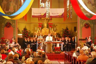 Het dorp Nieuw-Dijk heeft in 2011 zijn 100-jarig bestaan gevierd met tal van evenementen. Het feestjaar werd ingeluid met een feestelijke plechtige mis op 2 januari 2011. (© www.nieuw-dijk.nl)
