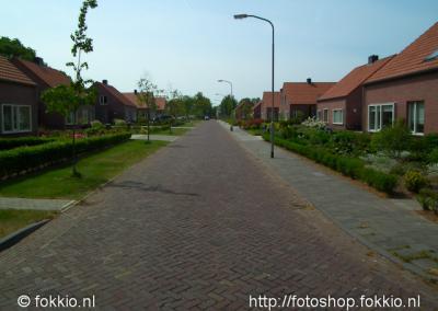 Nieuw-Roden, de huizen in de Brinkstratenbuurt of 't Rooie Dörp zijn recentelijk herbouwd