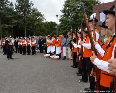 Naast het carnaval, de trekkertrek en de cross is ook het schuttersfeest een van dé jaarlijkse evenementen in Nieuw-Wehl