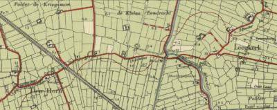 Op deze kaart zie je de 'Nieuwe brug' over het Aduarderdiep afgebeeld, waar buurtschap Nieuwbrug naar is vernoemd. Op 10 mei 1940 is deze brug opgeblazen, waarmee de verbinding tussen de dorpen Leegkerk en Den Horn werd verbroken. (© Kadaster)