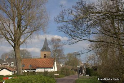 Dorpsgezicht van Nieuwer Ter Aa, vanaf de Kerklaan ten westen van het dorp