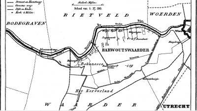 Nieuwerbrug viel vóór de herindelingen van 1-2-1964 onder vier gemeenten. Op deze kaart uit ca. 1870 is dat goed te zien: NO gem. Rietveld, ZO gem. Barwoutswaarder, Z gem. Waarder en NW en W gem. Bodegraven. Per 1-2-1964 geheel gem. Bodegraven geworden.