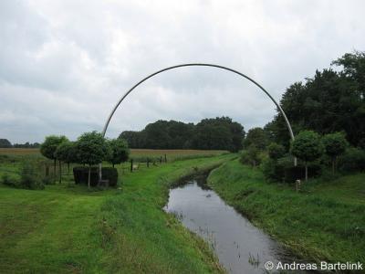 Noord Deurningen, sculptuur 'Der Bogen'