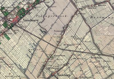 De lintbebouwing aan de Veenweg, vanouds deels onder Stompwijk (W deel), deels onder Nootdorp (O deel), staat vanouds bekend als buurtschappen Veenweg (N van de spoorlijn Utrecht-Den Haag) en Nieuwe Veen (Z daarvan).