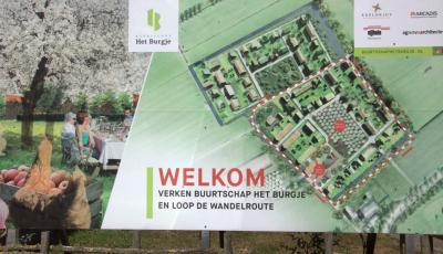 Er is een wandelroute uitgezet door en rond buurtschap-in-wording Het Burgje  in Odijk, zodat je de vorderingen van dit nieuwe wijkje letterlijk op de voet kunt volgen. :-) (© Jan Dijkstra, Houten)