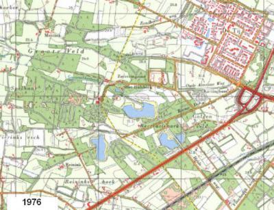 Oldenzaal, Het Hulsbeek e.o. anno 1976. De gele lijn is de grens tussen de gemeenten Oldenzaal (O) en Weerselo (W, kern Deurningen) zoals die t/m 2000 was. NO van Het Hulsbeek is inmiddels de wijk De Thij verrezen.