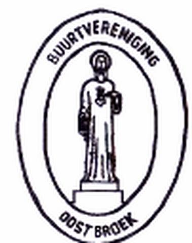 Oostbroek heeft een eigen buurtvereniging, die o.a. jaarlijks twee wandeltochten organiseert: de Lentewandeltocht en de Kerstwandeltocht. Zie daarvoor het kopje Jaarlijkse evenementen. In het logo is het Heilig Hartbeeld van de buurtschap verwerkt.