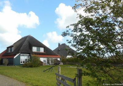 Spijkdorp (buurtschap van Oosterend), hoeve Spykdorp. © Harry Perton / www.groninganus.wordpress.com