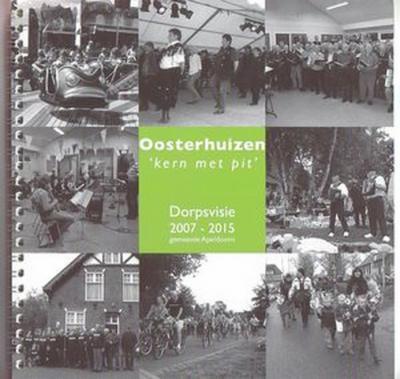 Oosterhuizen is een 'Kern met pit'. Die kwalificatie kreeg het dorp in 2000, als blijk van waardering voor het eigenhandig met 'twee rechterhanden' aanleggen van het fraaie amfitheater in het centrum van het dorp, nabij de school en het Dorpshuis.
