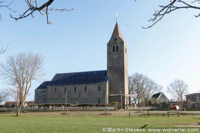 In heel Nederland zijn maar drie kerken met een volledig gemetselde torenspits. Die in Oosterland is er daar een van.