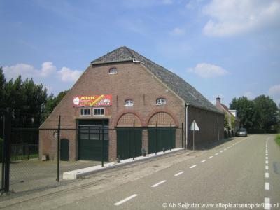 Een van de markante panden in de buurtschap Oranjeoord bij Heijningen.