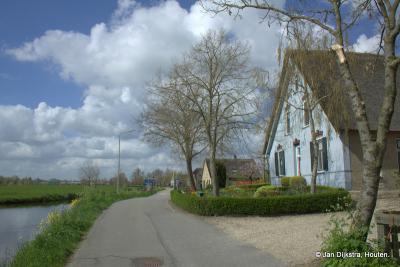 Ook in buurtschap Laag Blokland kun je genieten van mooie oude boerderijen