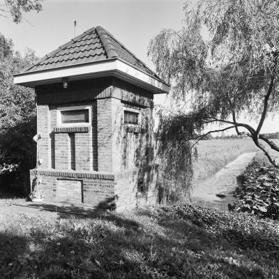 Oude Verlaat, het elektrische gemaaltje uit 1931 (© Rijksdienst voor het Cultureel Erfgoed)