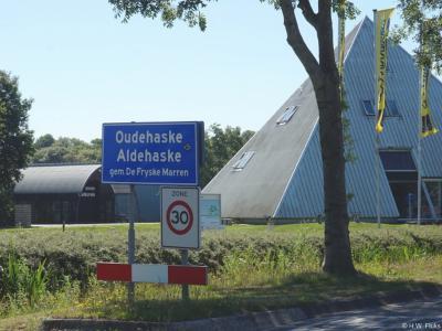 Oudehaske is een dorp in de provincie Fryslân, gemeente De Fryske Marren. T/m 1983 gemeente Haskerland. In 1984 over naar gemeente Skarsterlân, in 2014 over naar gemeente De Fryske Marren.