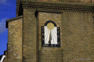 Ouderkerk aan den IJssel, zonnewijzer aan de Hervormde kerk.